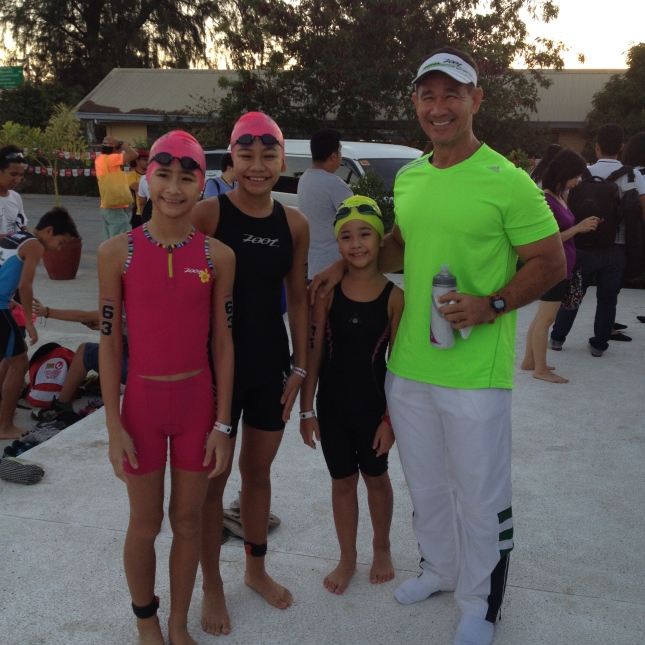 The Borlain Sisters with their Dad before the start of the Ironkids Event.