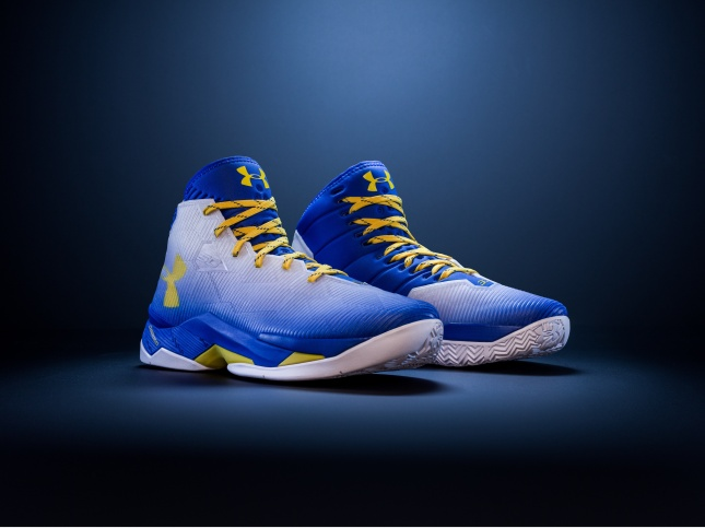 Curry 2.5 Pair Facebook.jpg